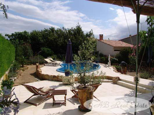 Sale Stone House Languedoc Roussillon
