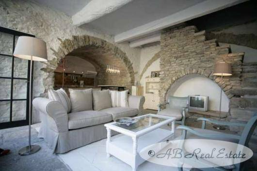 ChateauforsaleMontpellierSouthofFrance